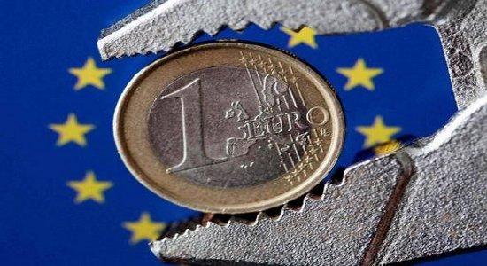 intervista all'economista Emiliano Brancaccio di Tonino Bucci Dovevano essere un test fondamentale per l'euro. Invece le elezioni greche, neanche finito di contare i voti, sono passate in second'ordine. Come se […]