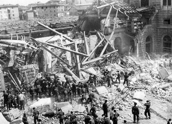 Appello di LeG 2 agosto 1980, strage alla stazione di Bologna Trentadue anni dopo si debbono rompere il silenzio e le ipocrisie che hanno coperto la verità, respingendola nelle zone […]