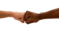 """COMUNICATO STAMPA DI RIFONDAZIONE COMUNISTA VENETO: """"abrogazione della legge regionale di tutela delle minoranze Rom e Sinti"""". Con un largo voto di maggioranza il consiglio regionale del Veneto ha abrogato […]"""