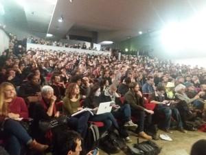 Assemblea dei movimenti a Parigi, per supportare da sinistra i gilet gialli