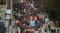 In Francia, il governo Macron fa marcia indietro dopo le formidabili manifestazioni di questi giorni. Il terreno dissodato dai movimenti di questi anni, dalle pratiche e dalle parole d'ordine dei […]