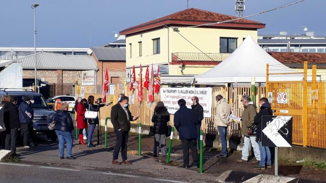 Presidio 7 dicembre 2020 lavoratori Busitalia Padova per la sicurezza